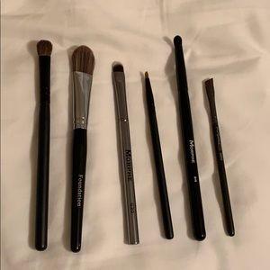 MAC morphe and more makeup brushes